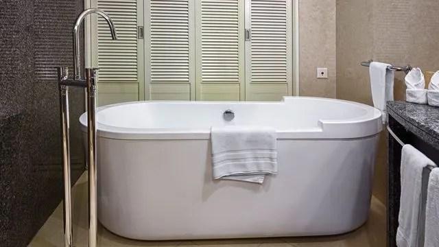 comment repeindre sa baignoire en 4