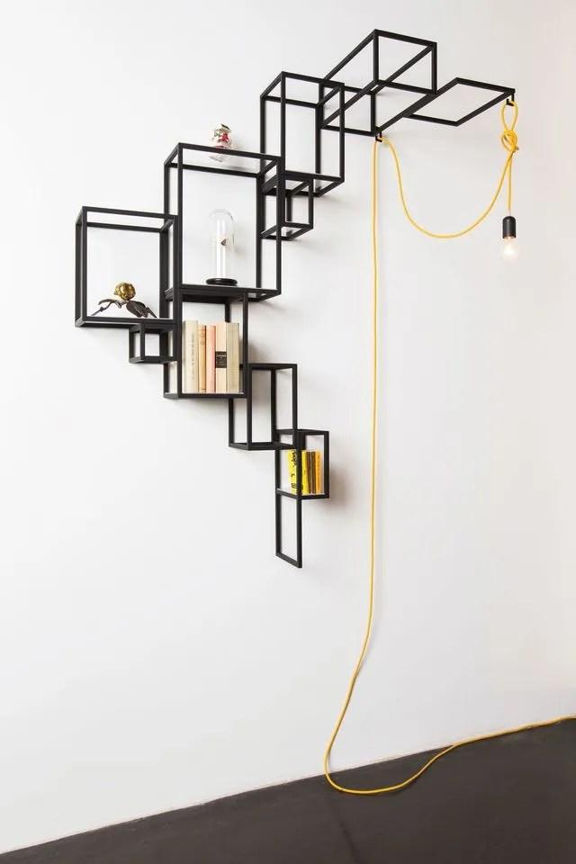 9 etageres design completement frappees