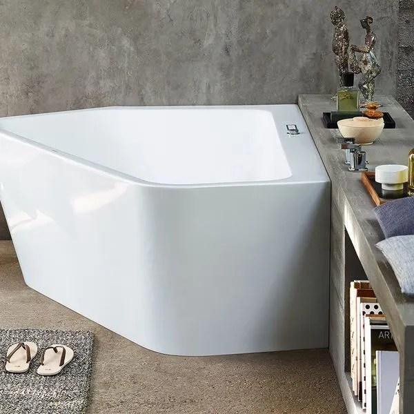 agrandir une petite baignoire de forme geometrique