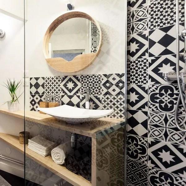 agrandir le mobilier s adapte aux formes de la salle de bains