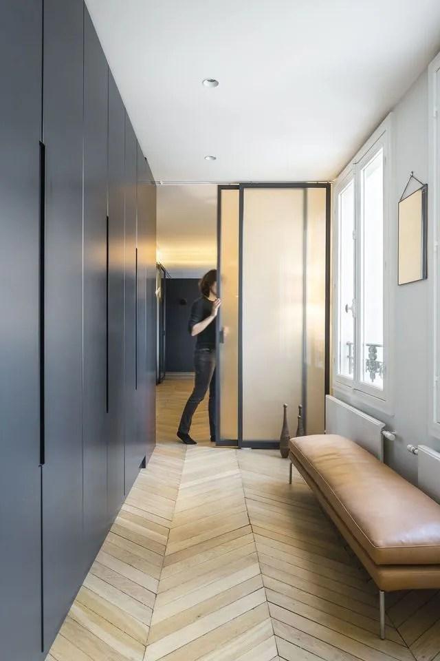 amenager un dressing dans un couloir