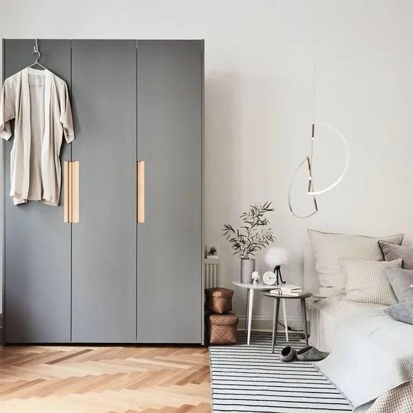 Le dressing d'angle est un module parfait si vous avez peu de place pour placer un grand dressing linéaire dans votre chambre. Placards Et Rangements Sur Mesure Coulissants Dressing Cote Maison