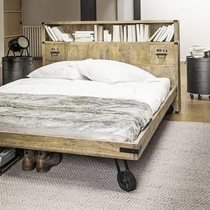agrandir une tete de lit industrielle chez maisons du monde