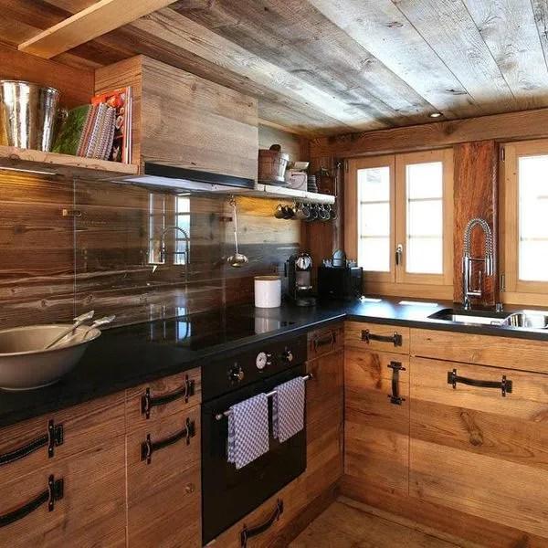 agrandir une cuisine en bois contemporaine