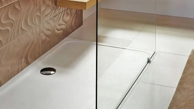 receveur de douche en ceramique en