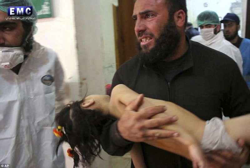 feriti dopo le bombe su idlib