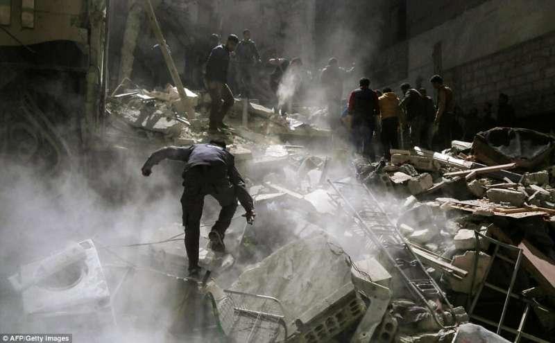 idlib bombardamenti