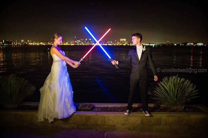 5df743d3a2043 star wars wedding cory carrie shields 6 5df202c79e65b  700 - Casal teve um casamento com o tema Star Wars
