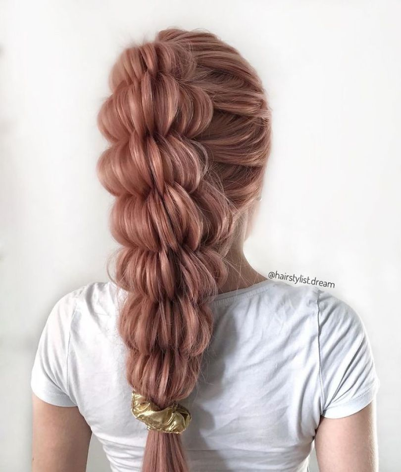 5fc4a338be86c hairstyles patterns teenager milena germany19 5f50e4d0998fa  700 - Menina Hairstyler de 17 anos faz sucesso nas Redes Sociais