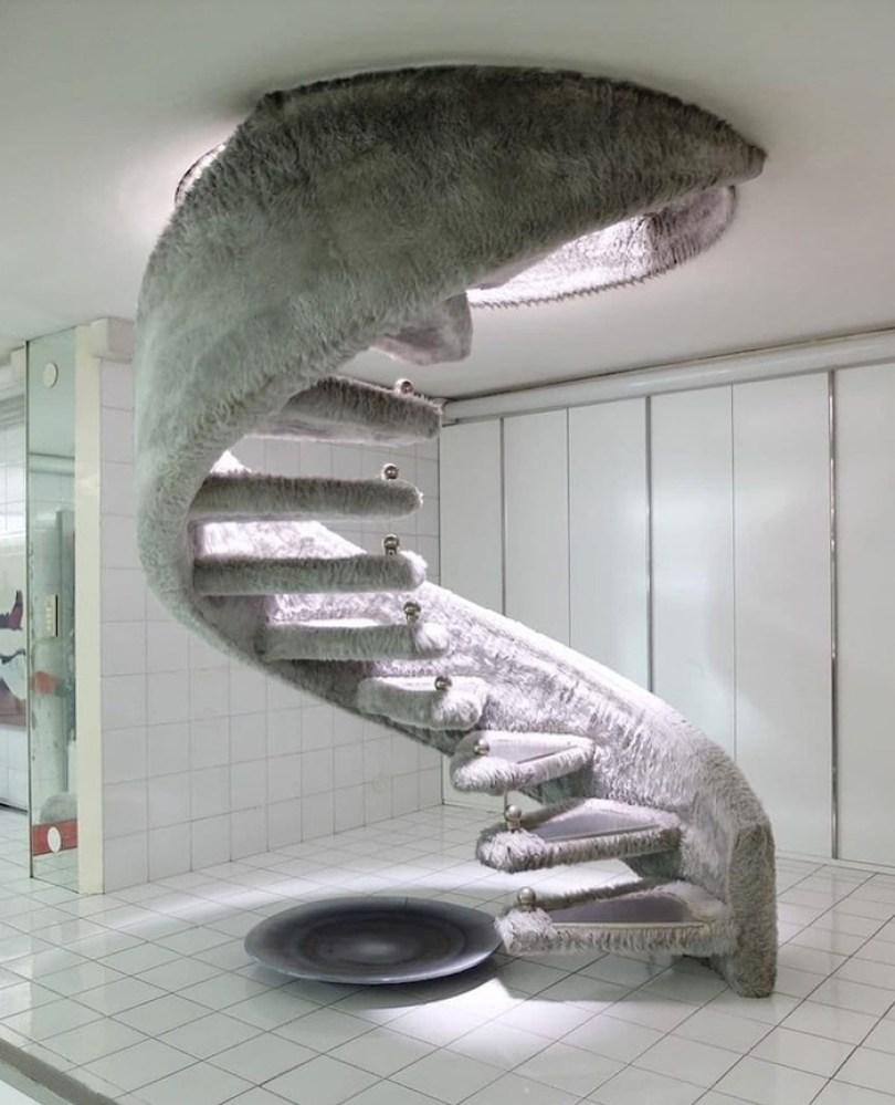 60618dc894359 funny stair design fails 200 605309857d35a png  700 - Escadas ainda são o grande dilema dos arquitetos