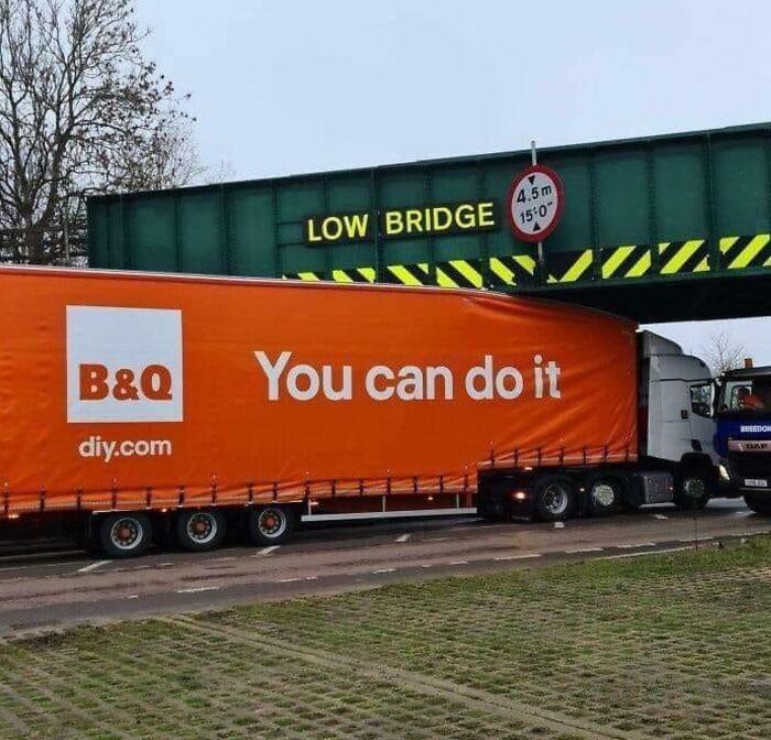 """610a3ad8a4340 bad drivers funny pics 2 60fe7c54e88a7  700 - Fotos revelam como muitos motoristas são """"vida loka"""" ou simplesmente sem noção"""