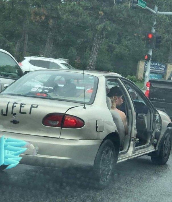 """610a3ad9ebf19 bad drivers funny pics 146 60feb8461d05d  700 - Fotos revelam como muitos motoristas são """"vida loka"""" ou simplesmente sem noção"""