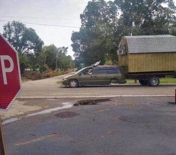 """610a3adb24b30 bad drivers funny pics 140 60feb6a25c2ab  700 - Fotos revelam como muitos motoristas são """"vida loka"""" ou simplesmente sem noção"""