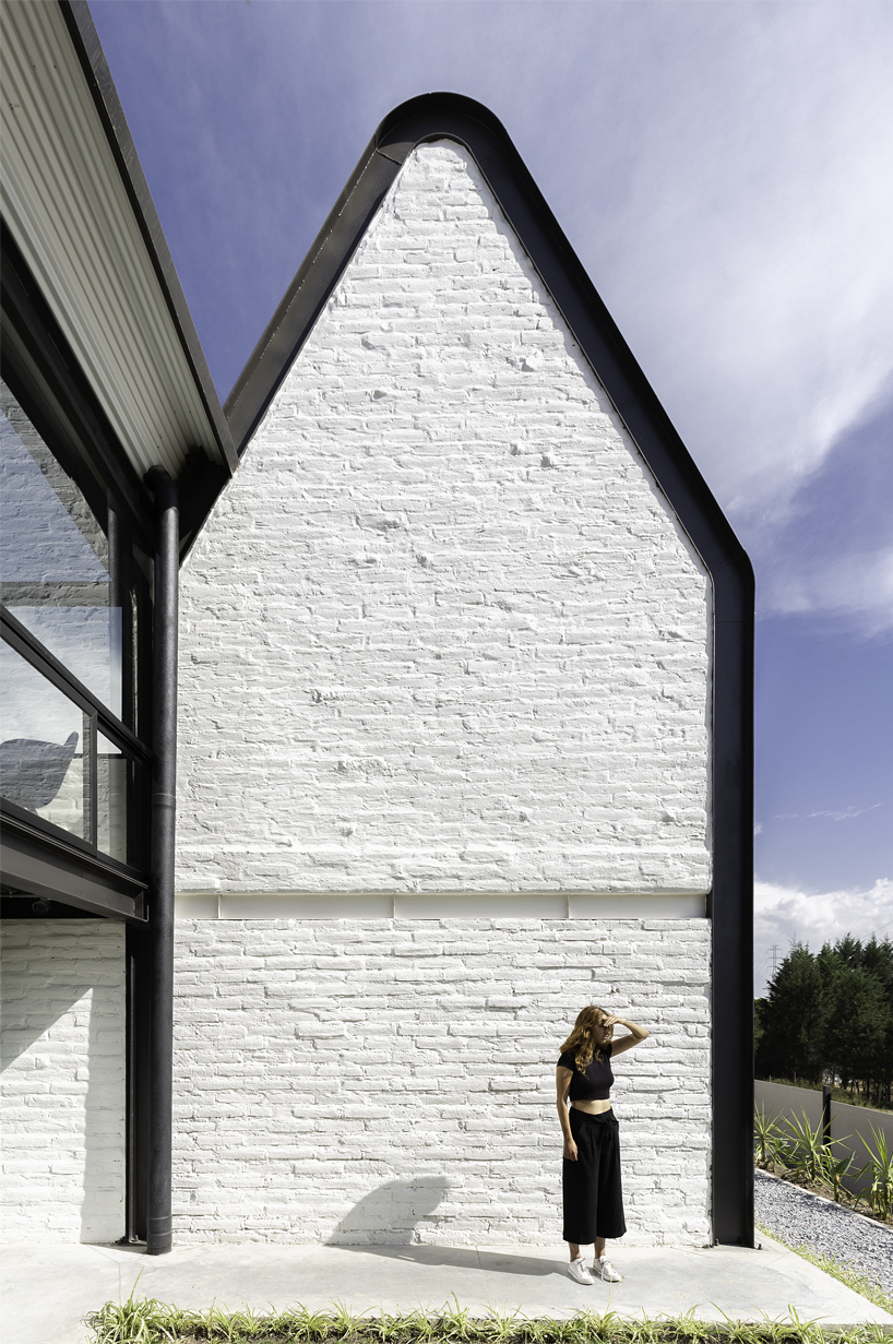 Estudio Felipe Escudero Designs A Series Of Gable Roofs