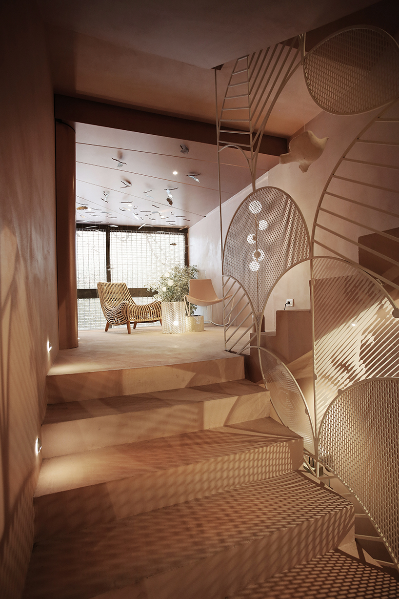molos-group-angel-beauty-salon-interiors-pink-stone-prishtina-kosovo-12-04-2019-designboom