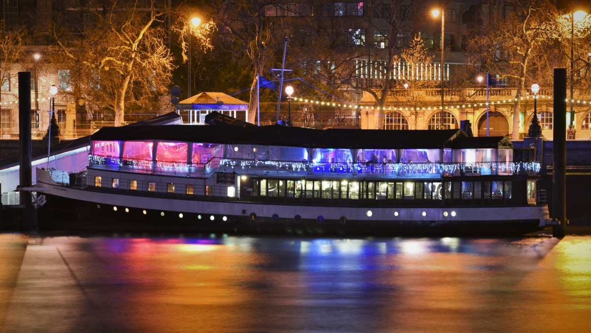 Valentines By The River Dinner The Yacht London London