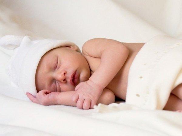 Корочки на голове у ребенка: как убрать, лечение, причины