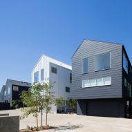 Blackbirds housing by Bestor Architecture
