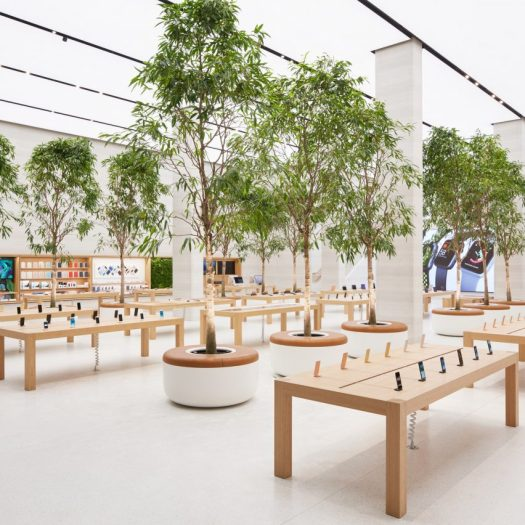 apple-regent-street-foster-partners-london_dezeen_sq