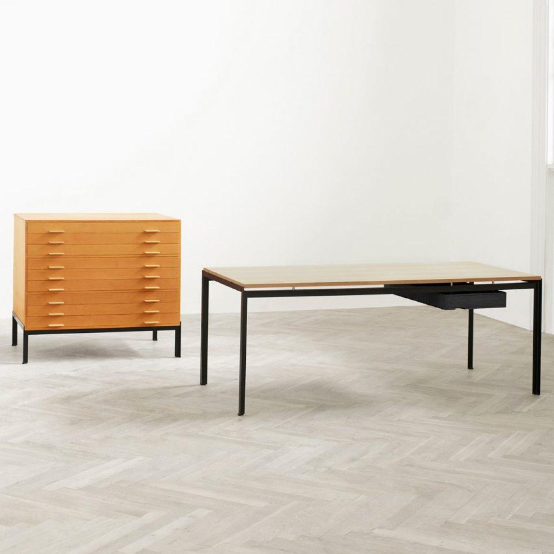 christmas-furniture-reissues-design-poul-kjaerholm-pk52-professor-desk-oak-drawer-tables-carl-hansen-son_dezeen_sqb