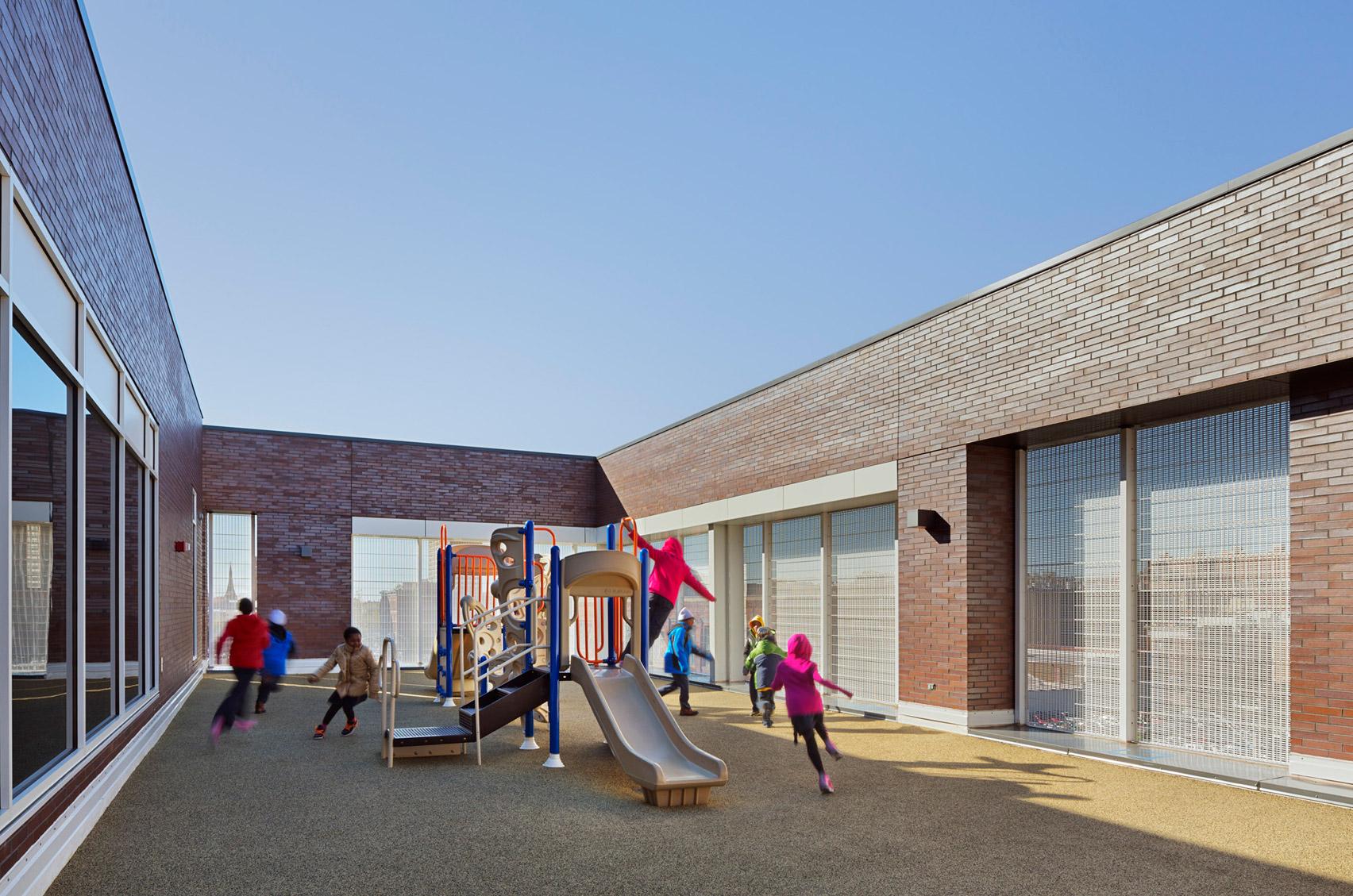 Teacher's Village by Richard Meier and partners