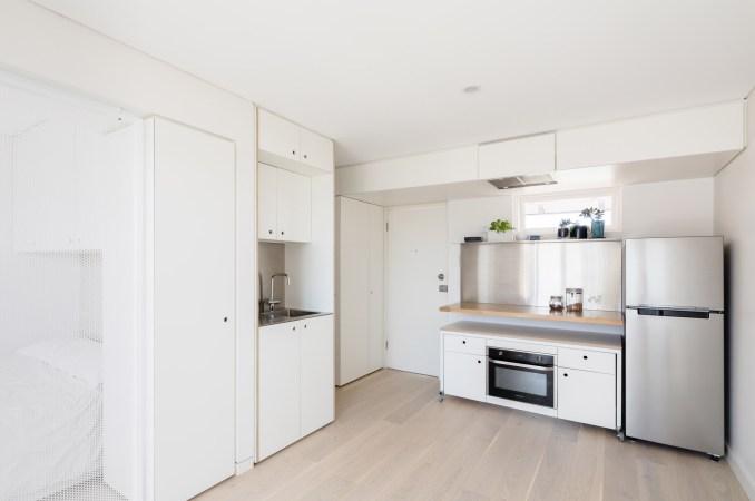 5S apartment by Nicholas Gurney