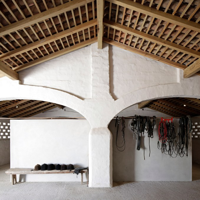 Sao Lourenco do Barrocal by Eduardo Souto de Moura