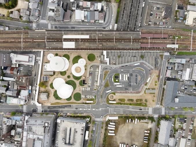 Tenri Station plaza CoFuFun by Nendo