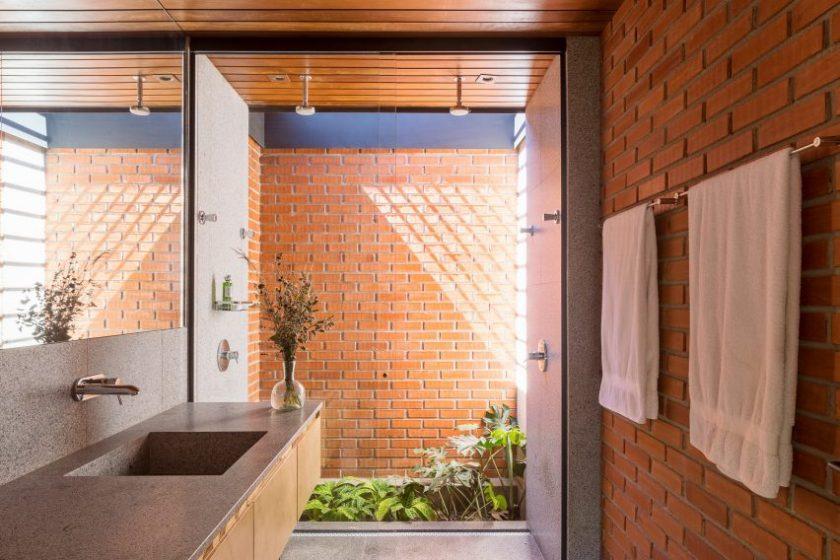 Casa Vila Rica by Bloco Arquitetos