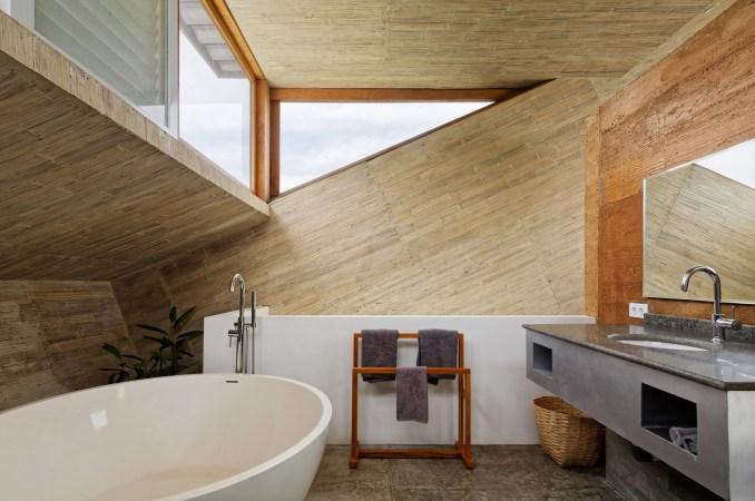 Budi Pradono Architects creates Clay House