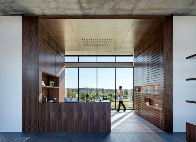 Westlake Dermatology by Matt Fajkus Architecture