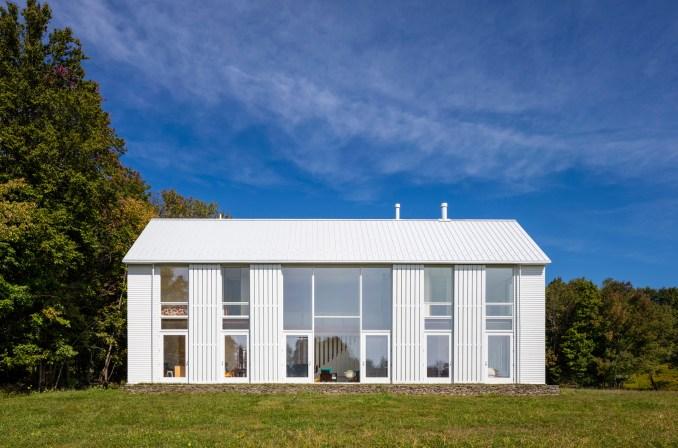 Pennsylvania Farmhouse by Cutler Anderson