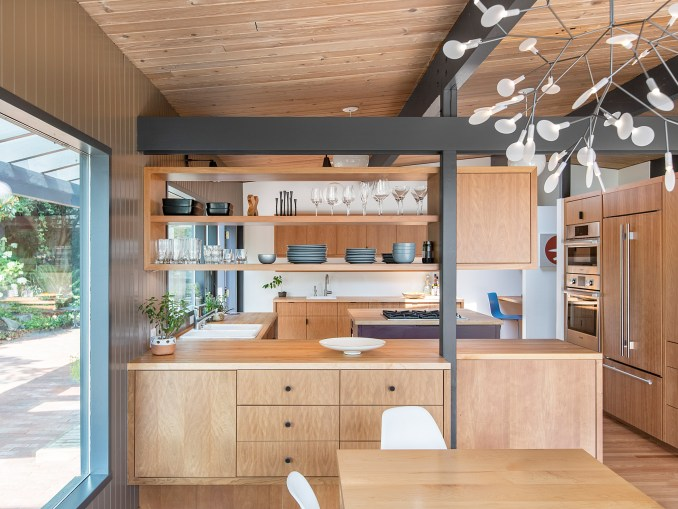 Hillside Midcentury by SHED Architecture & Design