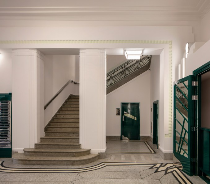 Hoover Building by Interrobang