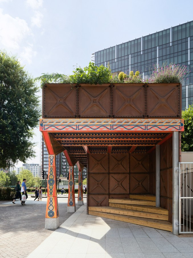 Thames Walk pavilion by Studio Weave
