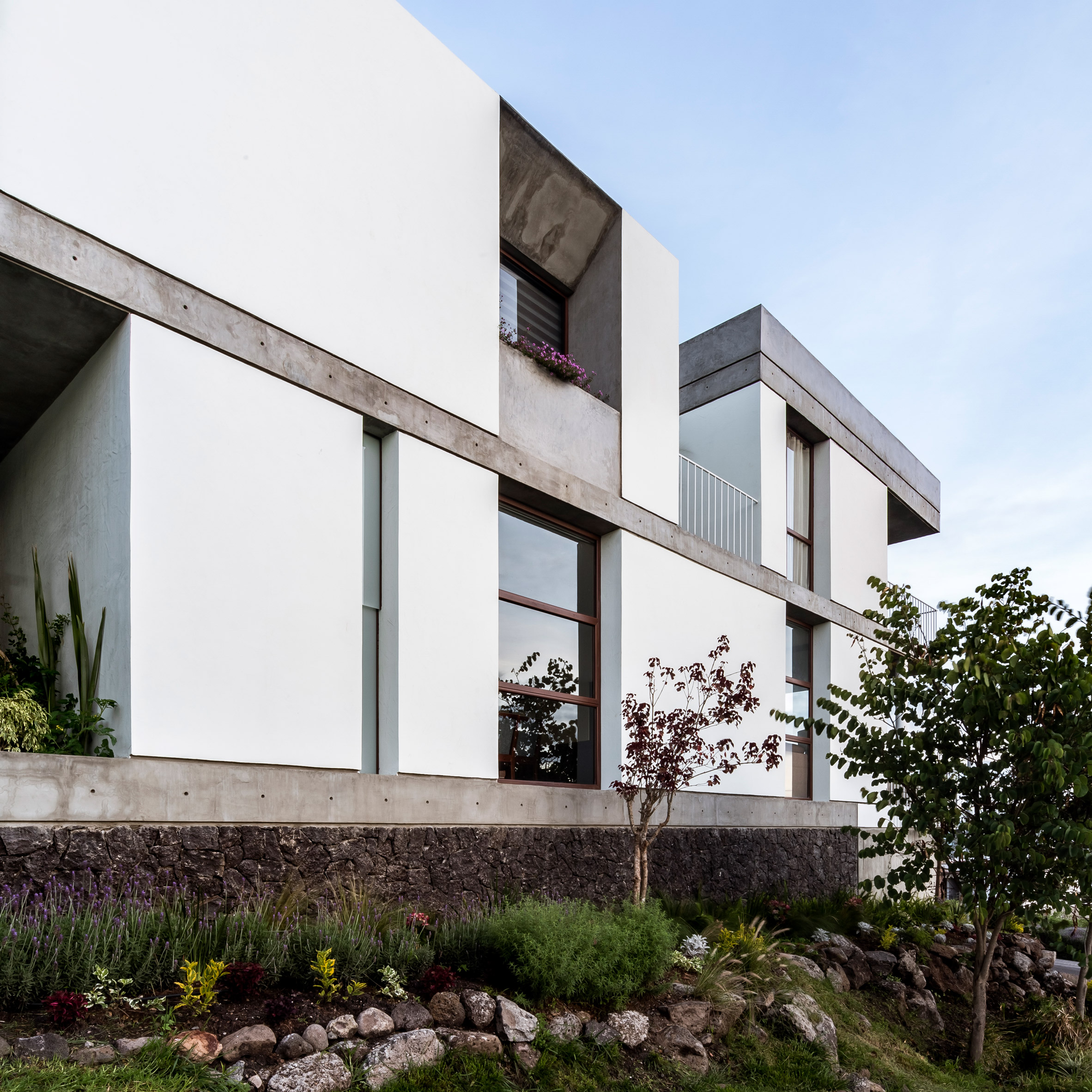Casa Maguey by Intersticial Arquitectura