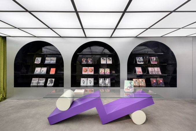 Harbook store by Alberto Caiola