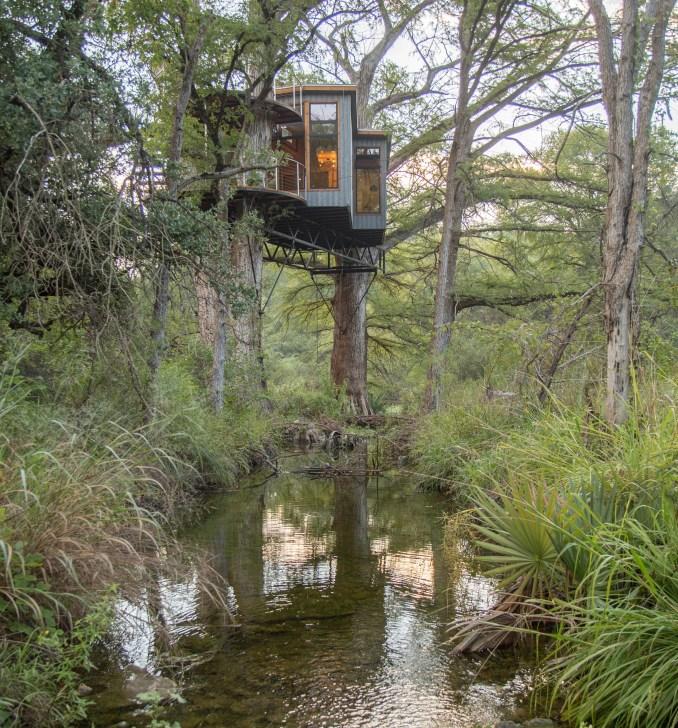 Yoki Treehouse by Will Beilharz