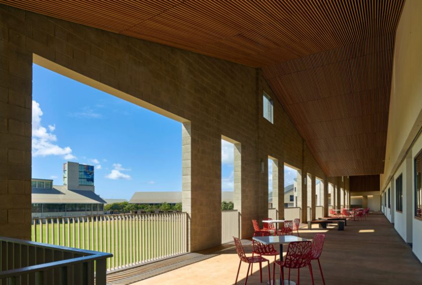 Administration and Allied Health Building at University of Hawaii by Perkins + Will