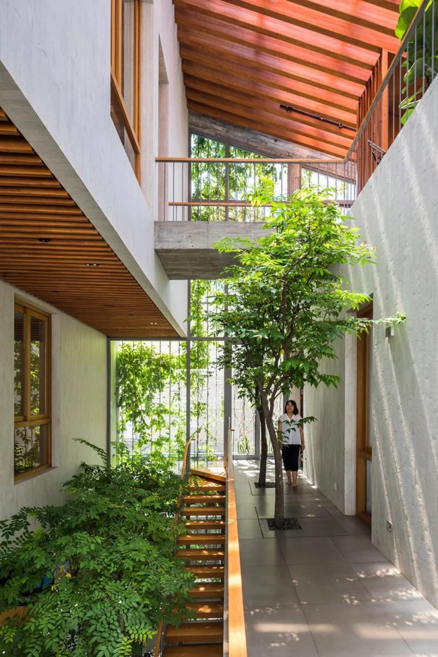 Void in Stepping Park House by Vo Trong Nghia in Ho Chi Minh City, Vietnam