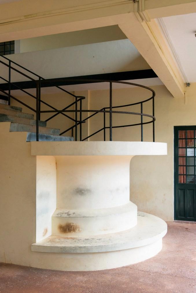 Geoffrey Bawa staircases: Ruhunu University Campus, Matara, 1980-85