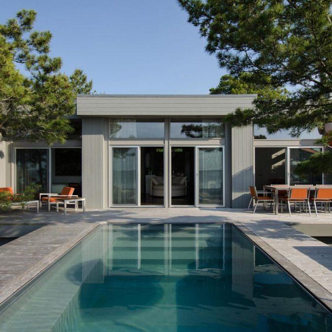 Rodman Paul Architects renovates Bay Walk bungalow in Fire ...