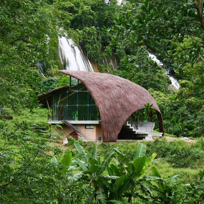Chieng Yen Community House by 1+1>2