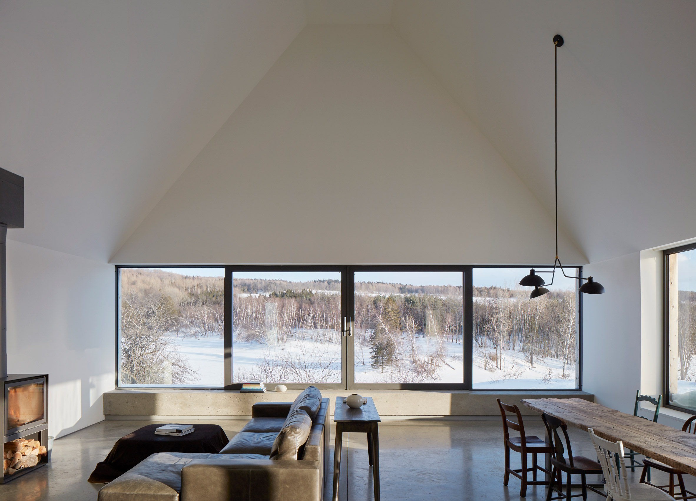 Hatley House Residence in Quebec, Canada by Pelletier De Fontenay