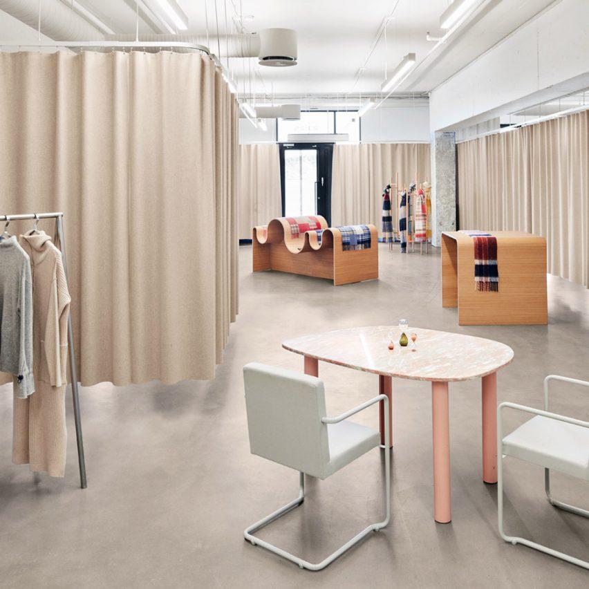 Holzweiler showroom by Snøhetta