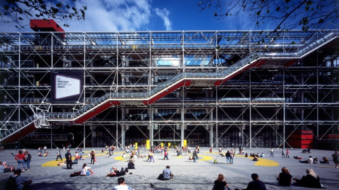 High-tech architecture: Centre Pompidou by Richard Rogers and Renzo Piano