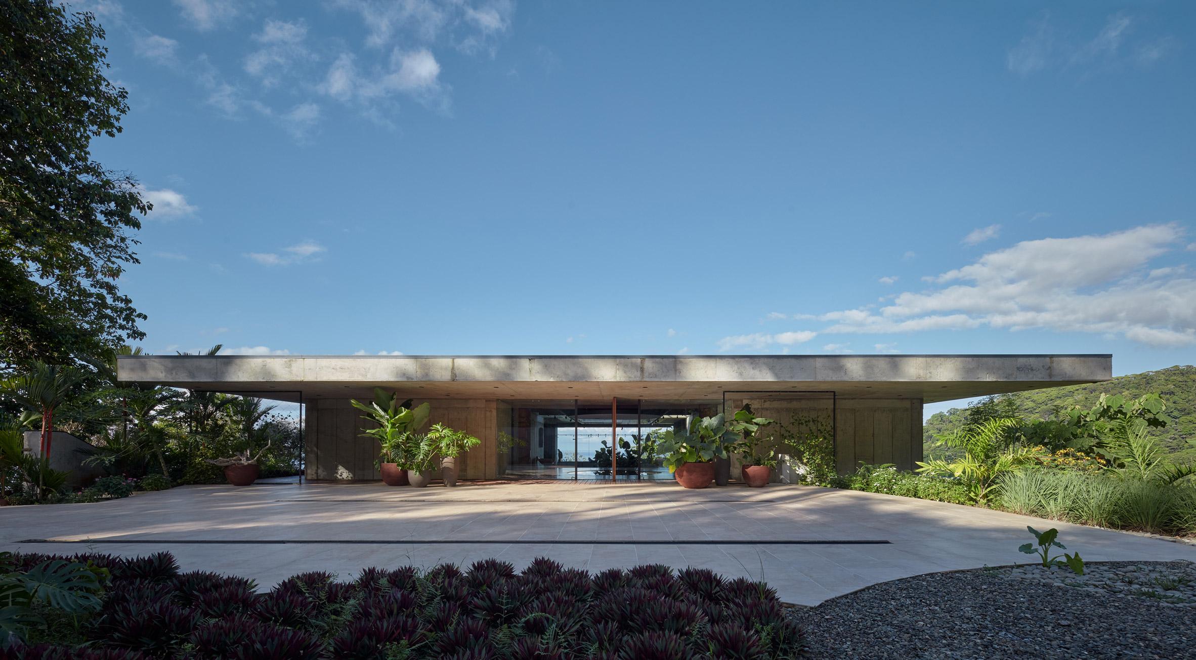 Art Villa by Refuel works