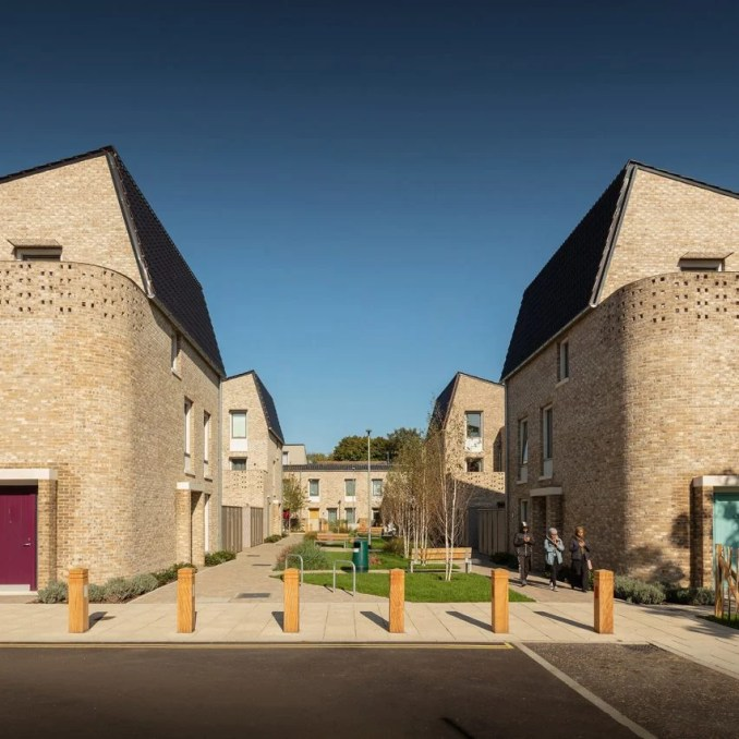 360-degree interactive tour by Rod Edwards of the Stirling Prize-winning Goldsmith Street housing by Mikhail Riches