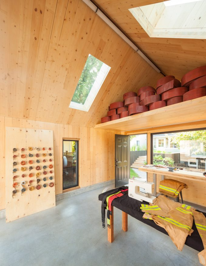 Eton Accessory building by Motiv Architects