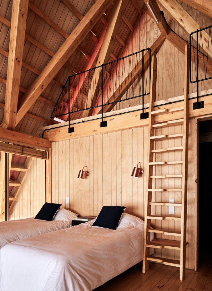 Bedroom in Casa Malalcahuello by GAAA